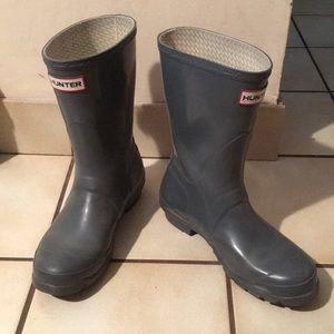 HUNTER boots - original short - in gray - sz 7